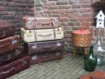 Hattem-rommelmarkt-koffers